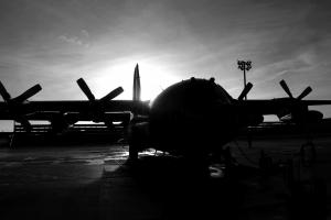 http://globalaviationresource.com/v2/wp-content/gallery/mc-130p-leaves-mhz/thumbs/thumbs_mc-130p-final-hurrah-005.jpg