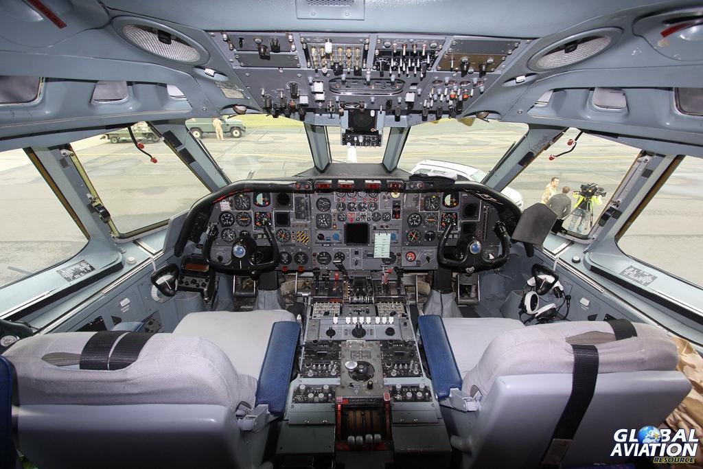 The flight deck of VC10 K3 ZA148 © Karl Drage - www.globalaviationresource.com
